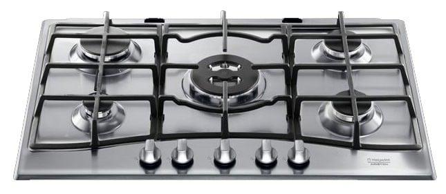 four-cuisinière : comment nettoyer les plaques de cuisson ?