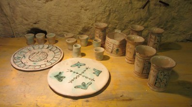 medieval set: 6 big glass, 6 little glass, 1 jar €60