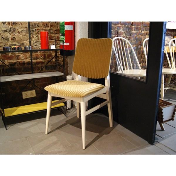 chaise-blanche-et