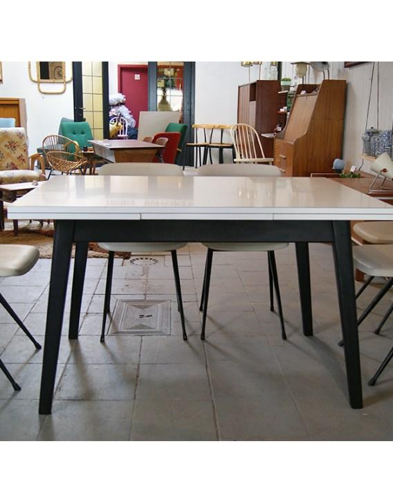 table-friso-kramer3