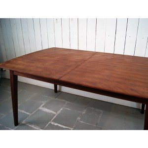 table-acajou-pommele-2