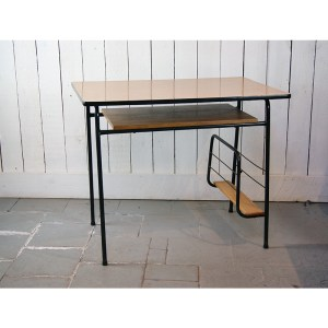 table-bureau2