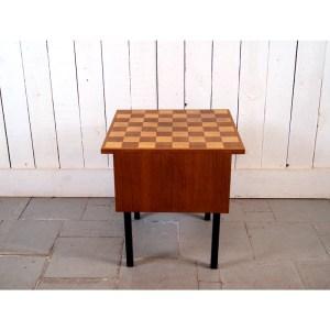 table-echecs-1