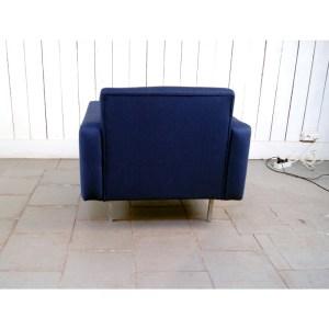 fauteuil-carre-bleu-marine-2