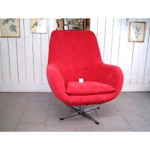 fauteuil-rouge-tournant-6