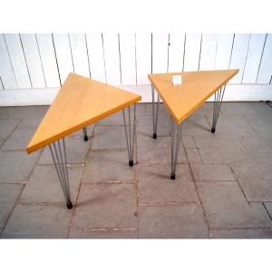 paire-de-tables-bois-clair-4