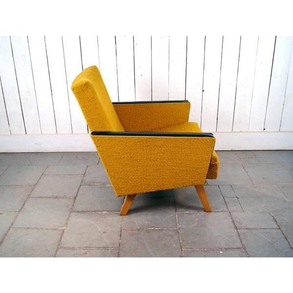 paire-fauteuil-moutarde-skai-noir-2