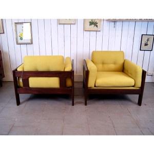 paire-fauteuils-massif-et-jaune-moutardes-7