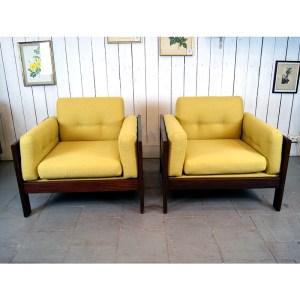 paire-fauteuils-massif-et-jaune-moutardes-8