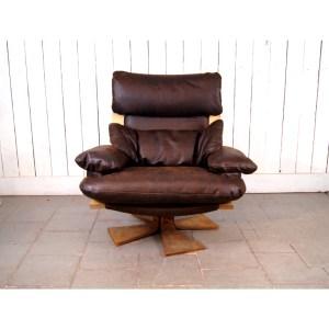 fauteuil-tournant-cuit-brun-3