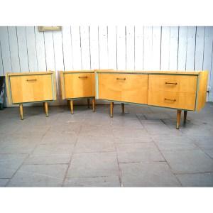 ensemble-chevet-meuble-télé-clair-et-vert-1