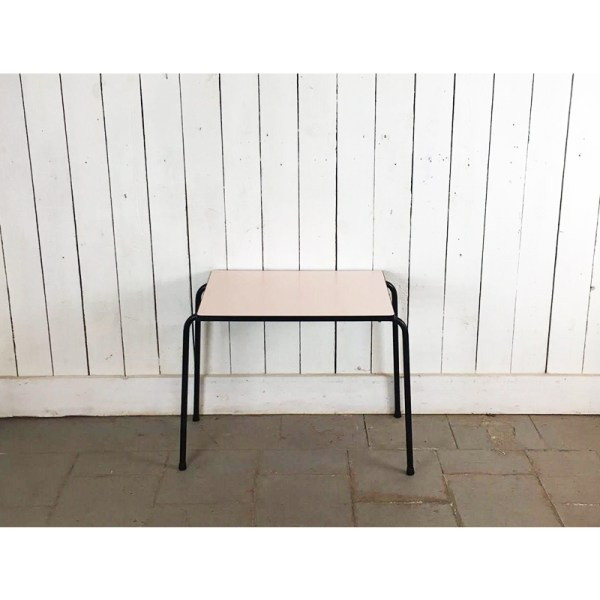 petite-table-kid-rose-3