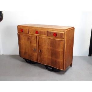 meuble-art-deco-bouton-rouge-1