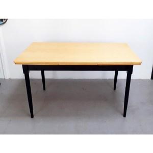 table-rallonges-blond-pied-noir-3