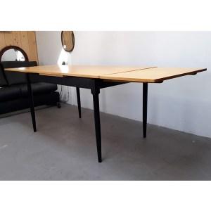table-rallonges-blond-pied-noir-5