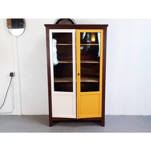 vitrine-jaune-et-bc-4