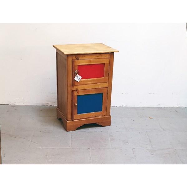 petit-meuble-rouge-bleu-2