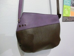 Sac Indispensable cuir marron / violet