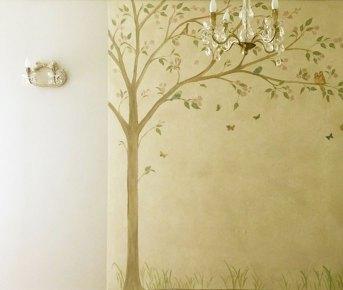 "Canvas com pintura ""Árvore e borboletas"""