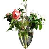 Un vase suspendu