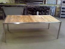 Table de jardin démontable en inox et teck