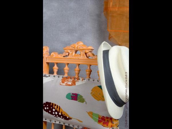 chaise-style-pop-orange-bois-artiste-3