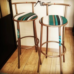 tabouret-bar-design-metal-argent-fer-qualité-Regine-garcia-1