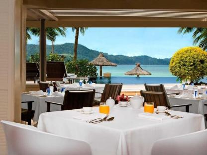 beach-club-restaurant-breakfast