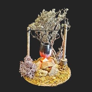 feu de camp avec chaudron pour votre décor de crèche