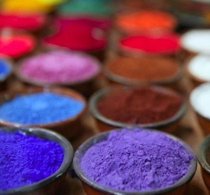 Comment peindre avec des pigments sur les figurines