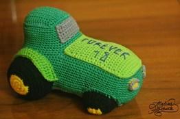 cadou-jucarie-tractor-crosetat