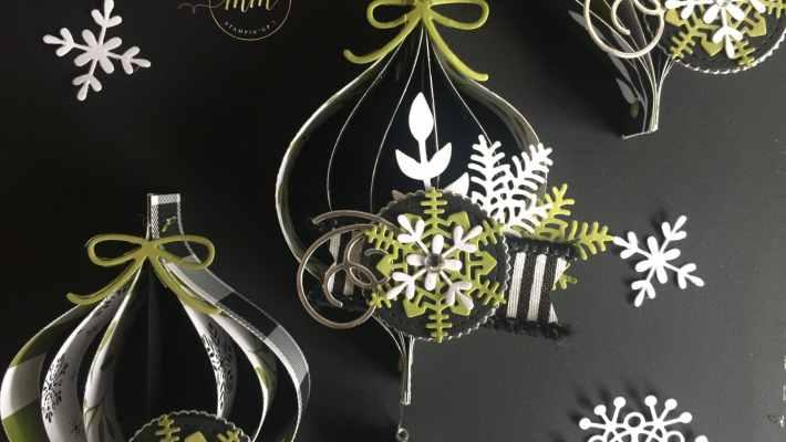 Guirlandes de Noël Jolies Fêtes et son tutoriel, Framelits/Thinlits : Flopée de bouquets, Forme à coudre, Pyramide de cercles, Escaliers de Noël, Flocons virevoltants, Superpositions de saison, Papier Jolies Fêtes, par Marie Meyer Stampin up - http://ateliers-scrapbooking.fr/ - Christmas tinsel tutorial, Bouquet Bunch, Stitched Shapes, Layering Circle, Merry Little Christmas Paper, Christmas Staircase, Swirly Snowflakes, Seasonal Layers, Mini Ornaments – Weihnachtsgirlande Anteilung, Frohes Fest Paper, Formen Flockenreigen, Aus jeder Jahreszeit, Stickmuster, Lagenweise Kreise, Formen Weihnachtliche Treppe, MiniChristbaumkugeln, Formen Flockenreigen