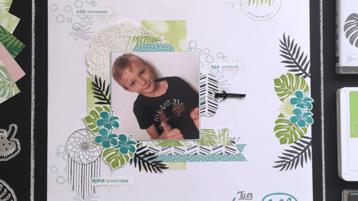 Page de scrapbooking Chic Tropical version masculine, Papier Design Brillants, Papier Design Escapade Tropicale, Perforatrice Etiquette en fanion, Perforatrice Etiquette festonnée, Framelits Poursuis tes rêves, Perforatrice Trio détaillé, Set de tampons Artisan textures, Set de tampons Bokeh dos, Set de tampons Chic tropical, Set de tampons Follow your dreams, Set de tampons Playful Backgrounds, Thinlits tropicaux par Marie Meyer Stampin'up - http://ateliers-scrapbooking.fr - Tutorial Small gift boxes with dividers - Chase Your Dreams Framelits Dies, Chic tropical stamp set – Anleitung Kleine Geschenkboxen mit Trennwänden, Framelits Formen Traumfänger, Stempelset Tropenflair, Thinlits Formen Palmengarten