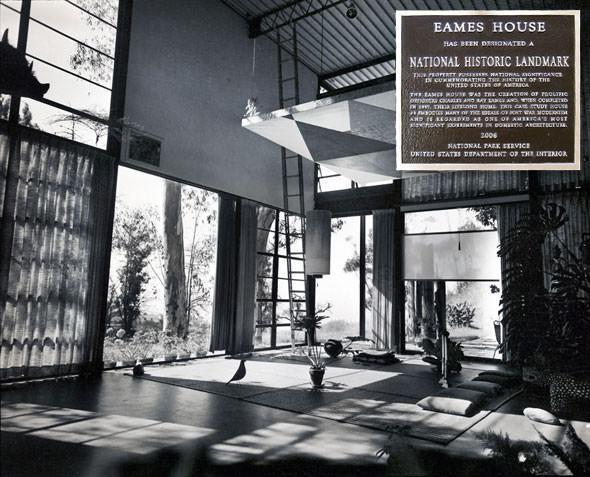 eames-house-inside-large