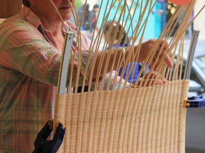 How to weave a PK22 wicker chair