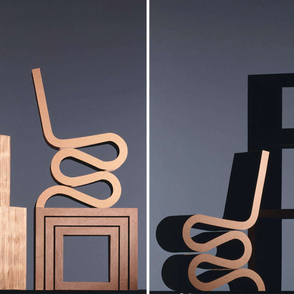 wiggle-chair-cardboard-frank-gehry-001