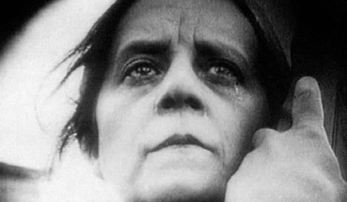 Η Vera Baranovskaya στην κινηματογραφική μεταφορά του έργου «Η Μάνα» του Μαξίμ Γκόρκι (1926). Σκηνοθεσία Β. Πουντόβκιν