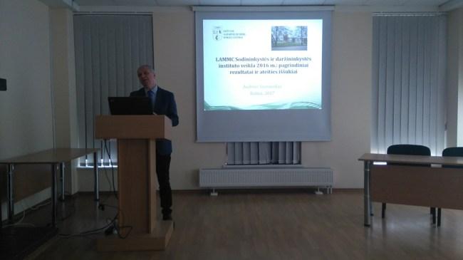 Agroverslo technologijų studijų programos studentų ir dėstytojų viešnagė LAMMC Lietuvos sodininkystės ir daržininkystės institute