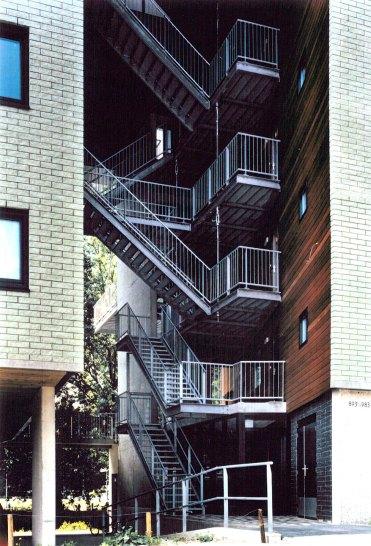 Materialidad de la fachada nor-este y del hueco (3)