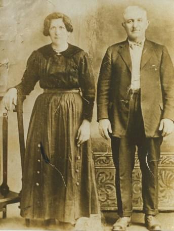 Grandma and Grandpa Tunno cropped