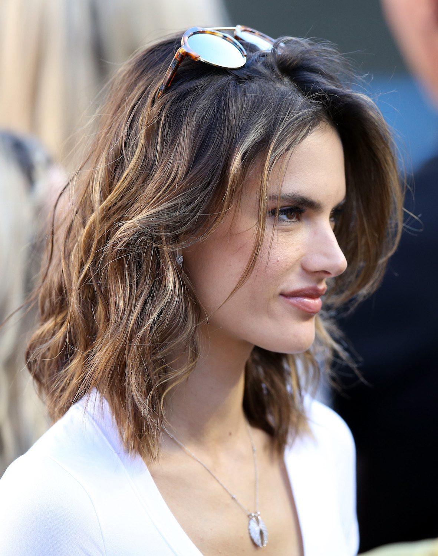 30 Model Rambut Untuk Wajah Oval Terpopuler All Things Hair Indonesia