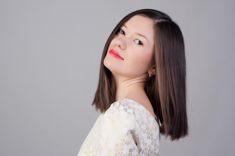Model Rambut Pendek Wanita Diwarnai