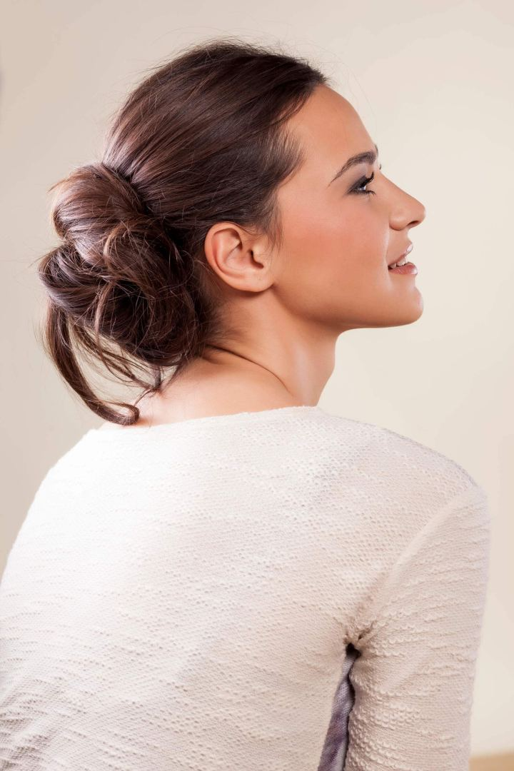 Messy Bun Hairstyle Guide All The Stylish Looks You Need for Your