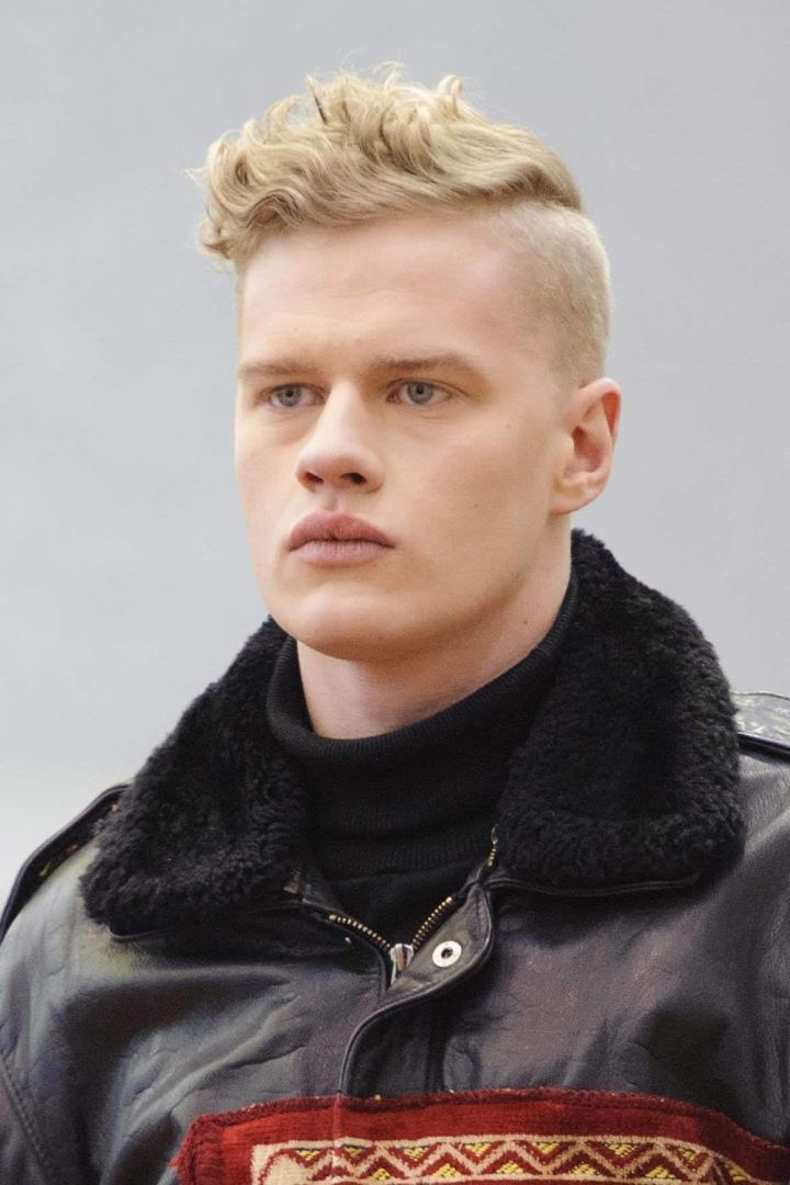 Fresh Hairstyles For Blonde Guys Hairstyle Ideas