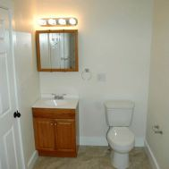 Upstairs full bath with tub shower