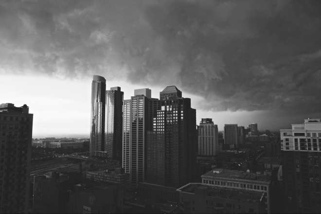 storm looming over chicago