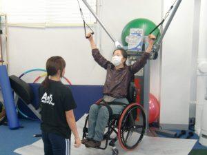 車椅子女性のリハビリ