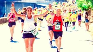 older runner on marathon
