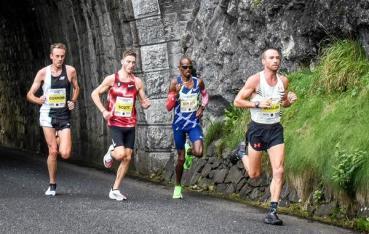 2020-larnehalfmarathonstephenscullion.jpg