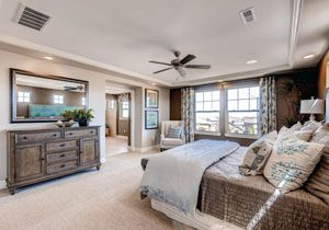 Erie Highlands bedroom by Oakwood Homes